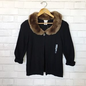 New Old Navy Black 3/4 Sleeve Fur Collar Sweater
